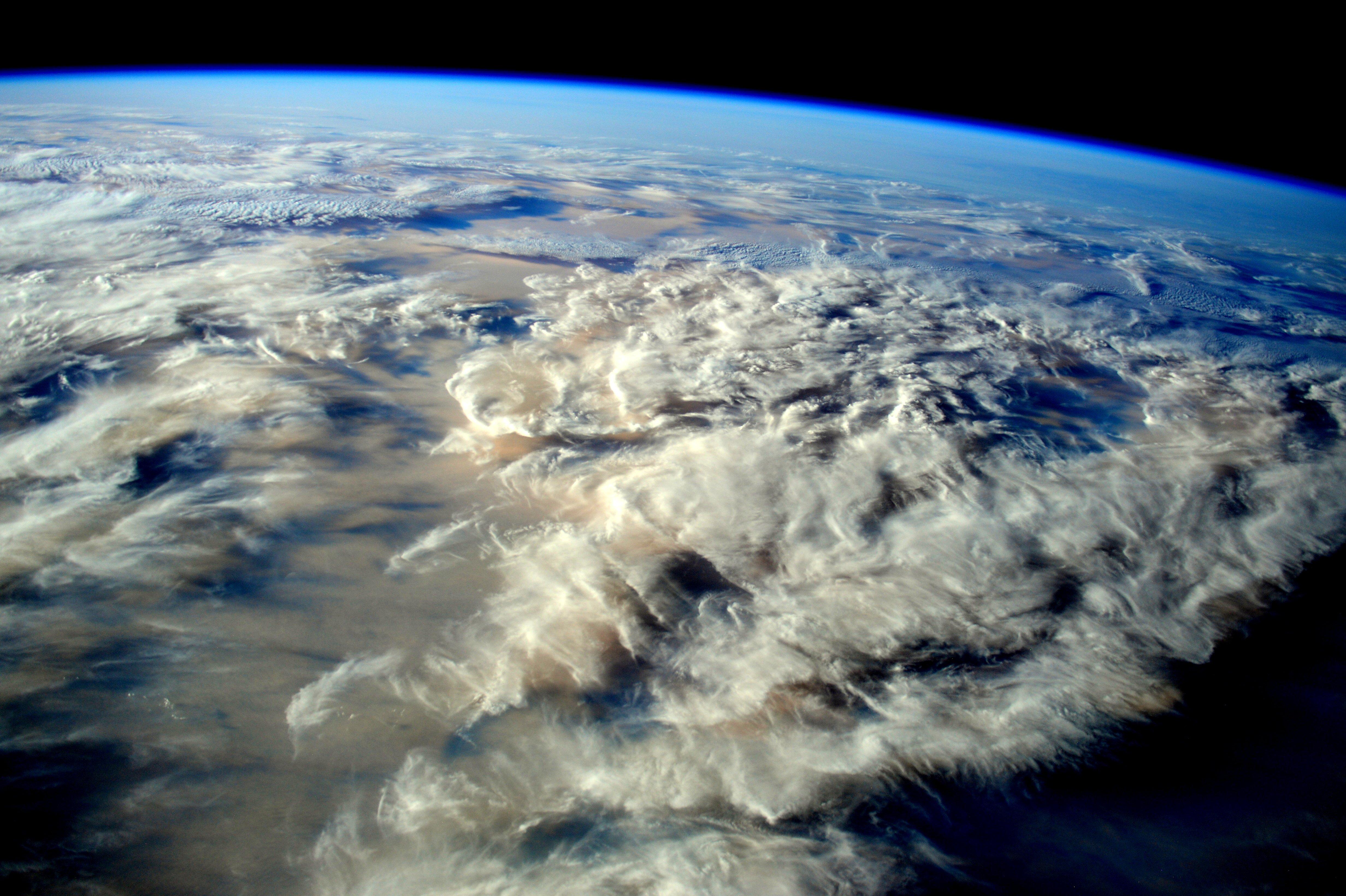 je_ecosystem_earth.jpg