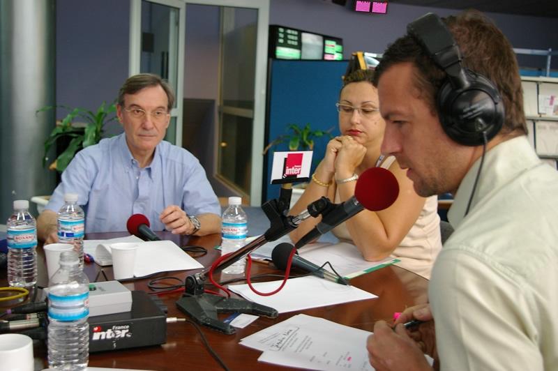 Yannick d'Escatha, Président du CNES, invité de Mathieu Vidard pour la 3ème émission consacré à la Guyane. Crédits : CNES/Ph. Collot